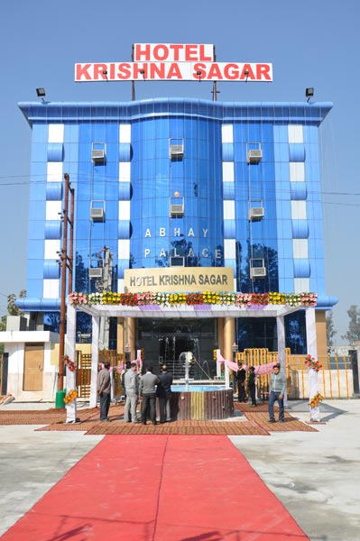 Hotel Front Image