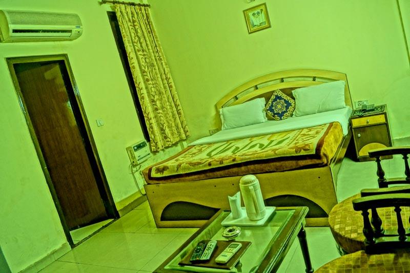deluxe room-1