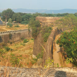 Ahmednagar Fort in Ahmednagar
