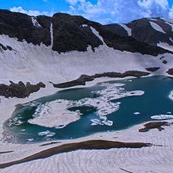 Alpather Lake in Gulmarg