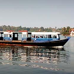 Ashtamudi Lake in Kollam