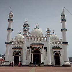 Beemapalli Mosque in Thiruvananthapuram