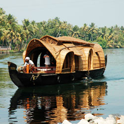 Boating in Alleppey in