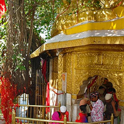 Chintpurni Temple in Una