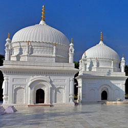 Dargah-e-hakimi in Burhanpur