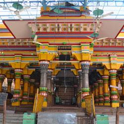 Dwarkadhish Temple in Mathura