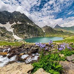 Gadsar Lake Jammu & Kashmir in Sonamarg