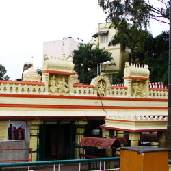 Gavi Gangadhareshwara Temple in Bangalore