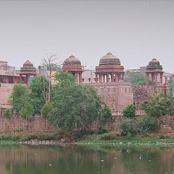 Hauz-i-Shamsi(Hauz) in New Delhi