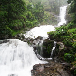Iruppu Falls in