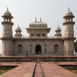 Itmad-Ud-Daulah in Agra