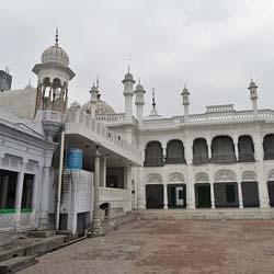 Jama Masjid Dargah Imam Nasir in Jalandhar