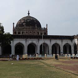 Jama Masjid Bijapur in Bijapur
