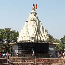 Kanakeshwar Devasthan Temple in Alibag
