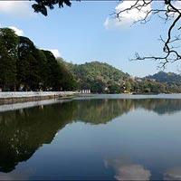Kandy Lake in Kandy