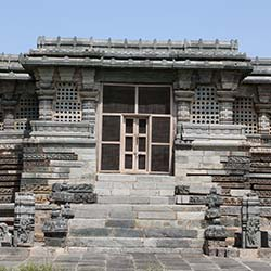 Kedareshwara Temple in Hassan