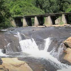 Kumbakkarai Falls in Kodaikanal