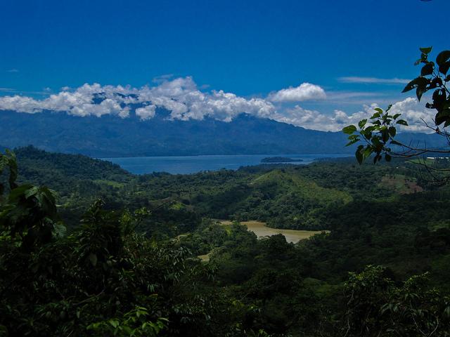 Lago de Yojoa Honduras in Pedro Sula