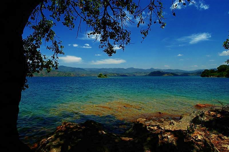 Lake Kivu Rwanda in Eastern-Rwanda