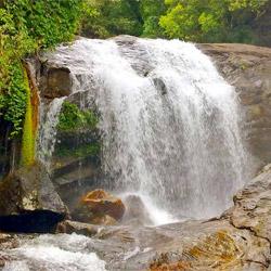 Lakkam Waterfalls in Munnar