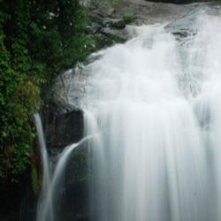 Lakkom Waterfalls in Munnar