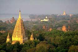 Maha Bodhi Temples in Bodhgaya
