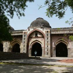 Moth Ki Masjid in Delhi