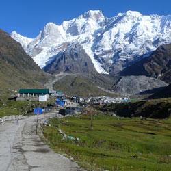 Mountain Trekking in Kedarnath in Kedarnath