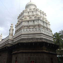 Nageshwar Temple in Pune