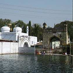 Panchakki And Baba Shah Musafir Temple in Aurangabad