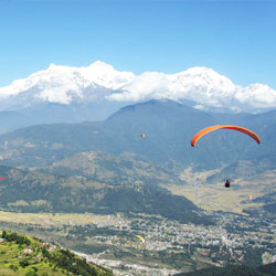 Paragliding in Himalayas in Manali