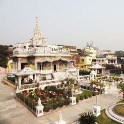 Pareshnath Jain Temple in Kolkata