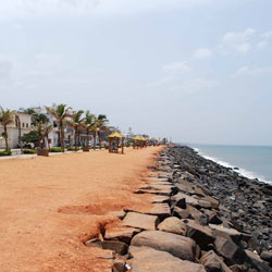 Promenade Beach in Pondicherry