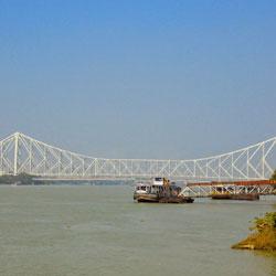 Rabindra Setu in Kolkata