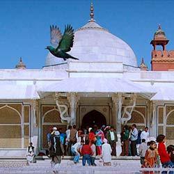 Salim Chistis Mausoleum in Agra
