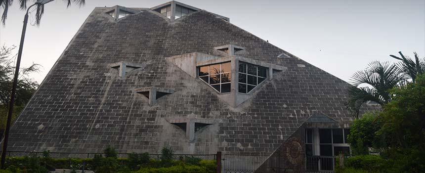 Sardar Patel Planetarium in Vadodara (Baroda)