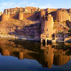 Sardar Samand Lake Palace in Jodhpur