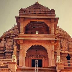 Shantinath Digambar Jain Temple in Nagpur