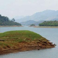 Shenduruny Wildlife Sanctuary in Kollam