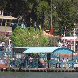 South Lake Road Childrens Park in Ooty