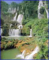 Tee Lor Su Waterfall in Tak