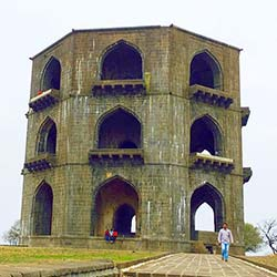 Tomb of Salabat Khan II in Ahmednagar