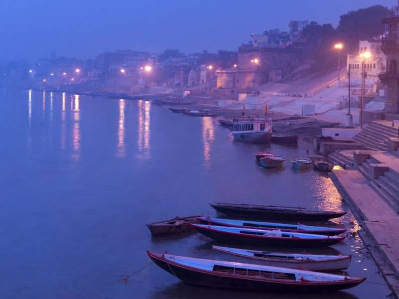 Golden Triangle With Varanasi & Khajuraho Tour