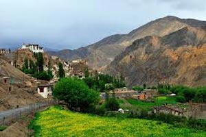 Fly Ladakh Tour
