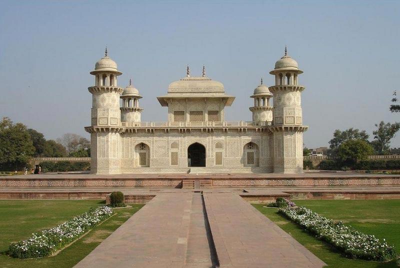 Jaipur-Ajmer-Agra-Jaipur Package