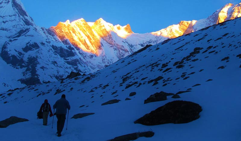 Rupina La Pass Trek Package