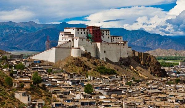 Lhasa- Gyantse - Shigatse Tour Package