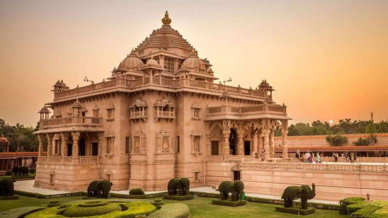 Ahmedabad (1) Dwarka (2) Somnath Tour