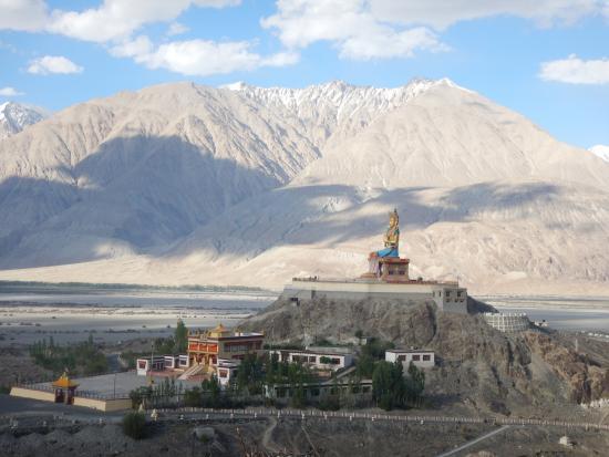 Ladakh Quick Tour
