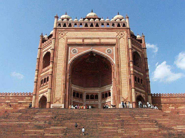 Taj Mahal One Day Trip From Delhi.